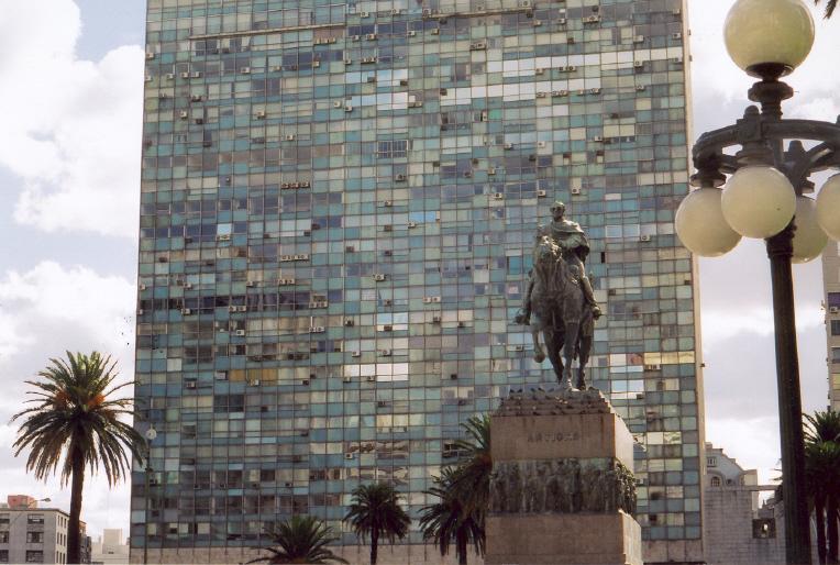 Montevideo2b.jpg