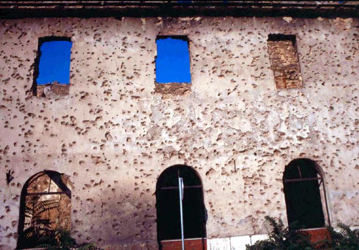 ISTANTANEE(viaggio Massa-Sarajevo-Massa 20-24/5/1999)