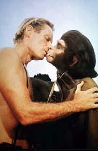 scimmiakiss.jpg