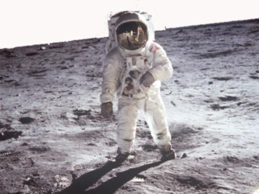 man_on_moon1.jpg