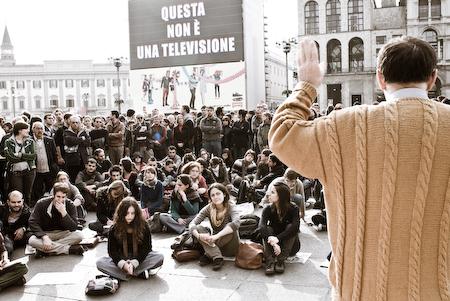 Dario Trento lezione in piazza Duomo