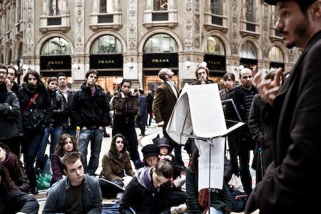 Lorenzo Bernini lezione in piazza a Milano
