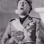 Mussolini_public_speaking_250
