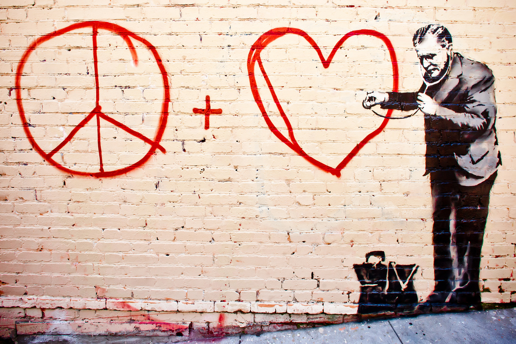 Un graffito di Banksy a San Francisco