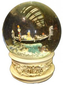 palla-di-neve-gondola-venezia-h-9cm-venice-snow-globe-glass-20131210043826