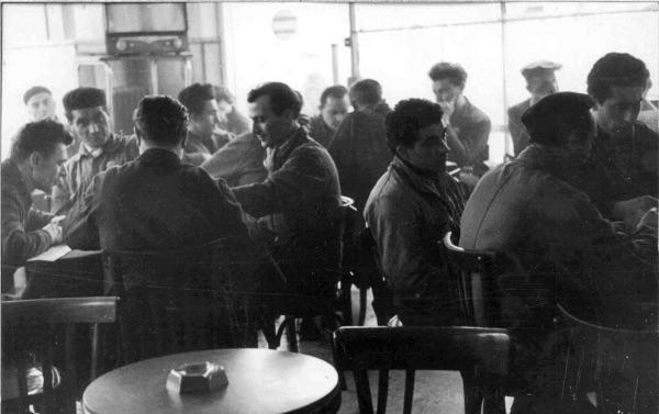 Lavoratori in pausa. Archivio nazionale Cgil
