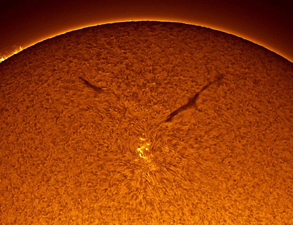 solar-darkness-8 copertina di reflector 2012 rivista di astrofotografia