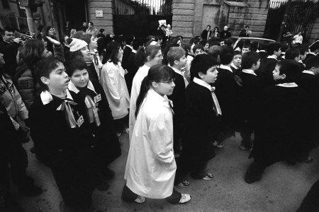 processione di bambini - foto di Luigi Verde